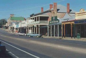 Beechworth -- a great town for walking and a little shopping.