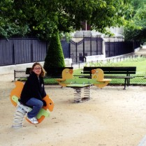 A playground at the foot of Notre Dame