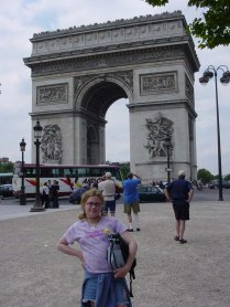 Megan at the Arc de Triomphe