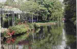 A Keukenhof Canal