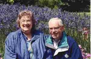 Mom & Dad at Keukenhof
